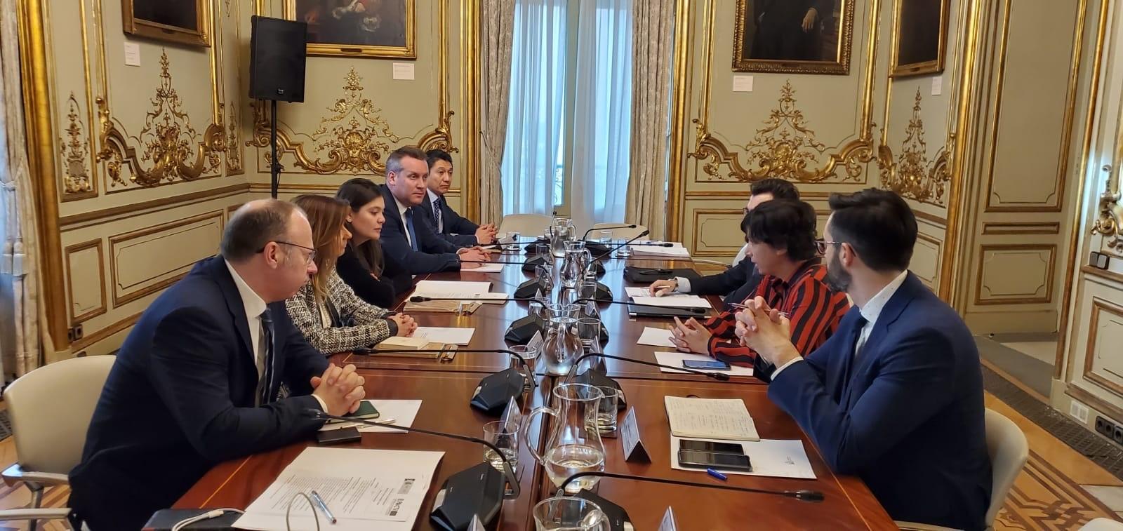 Reunión de la delegación mexicana con el secretario de Estado de Justicia