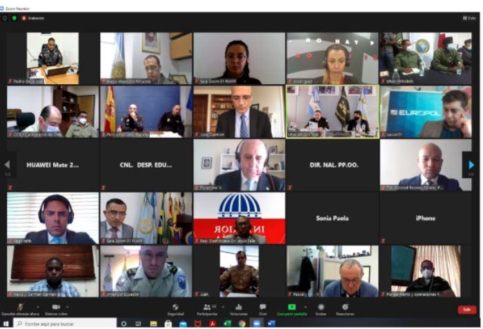 Foto reunión AMERIPOL